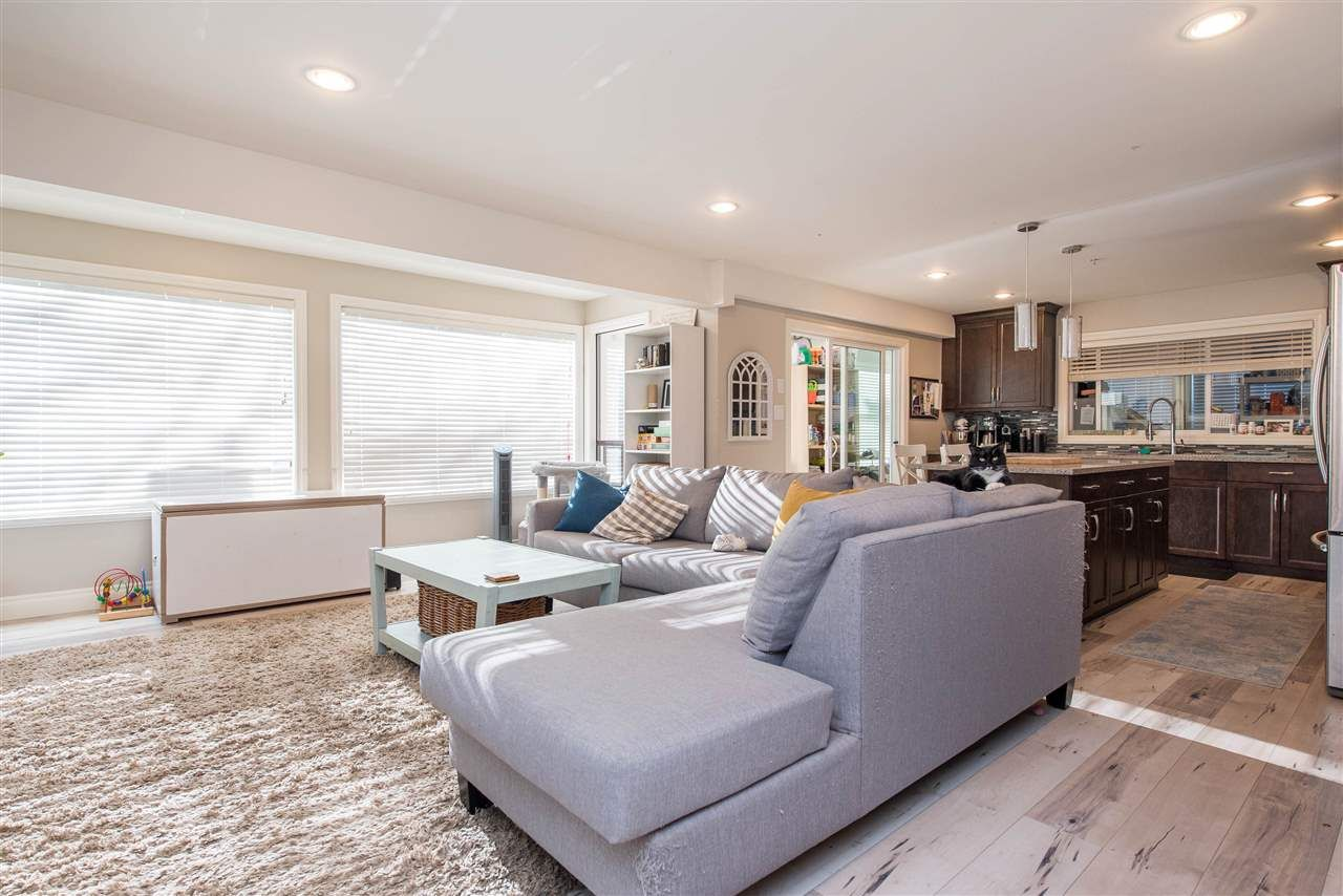 Photo 23: Photos: 2584 SUNNYSIDE Crescent in Abbotsford: Abbotsford West House for sale : MLS®# R2551772
