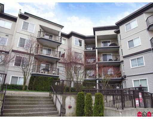 "Main Photo: 106 5765 GLOVER Road in Langley: Langley City Condo for sale in ""College Court"" : MLS®# F2712182"