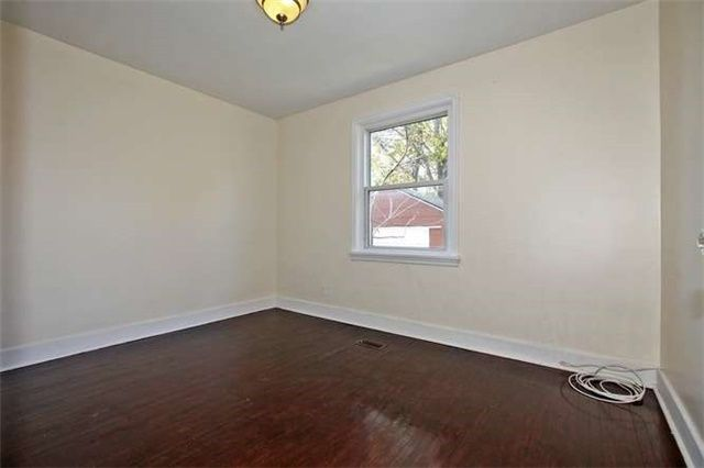 Photo 10: Photos: Main 50 S Wilson Road in Oshawa: Central House (Bungalow) for lease : MLS®# E3980743