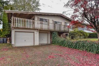 Photo 1: 7774 140 Street in Surrey: East Newton House for sale : MLS®# R2318594
