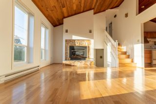 Photo 3: 452 Terrahue Rd in : Co Wishart South House for sale (Colwood)  : MLS®# 873702
