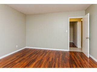 Photo 11: 34662 IMMEL Street in Abbotsford: Abbotsford East 1/2 Duplex for sale : MLS®# F1426114