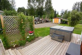 Photo 3: 1562 COTTONWOOD Street: Telkwa House for sale (Smithers And Area (Zone 54))  : MLS®# R2481070