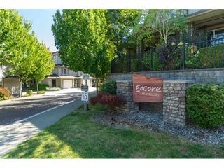 """Photo 3: 185 18701 66 Avenue in Surrey: Cloverdale BC Townhouse for sale in """"ENCORE at HILLCREST"""" (Cloverdale)  : MLS®# R2495999"""