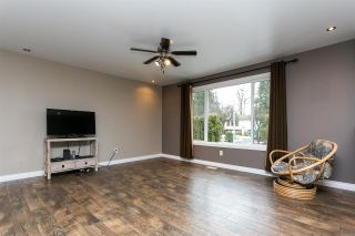 Photo 4: 26649 32A Avenue in Langley: Aldergrove Langley House for sale : MLS®# R2339369