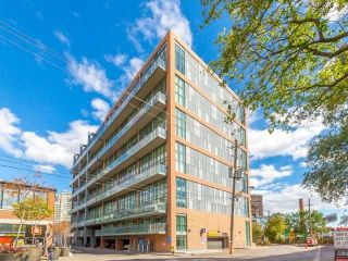 Photo 2: 5 Hanna Ave Unit #703 in Toronto: Niagara Condo for sale (Toronto C01)  : MLS®# C4098566