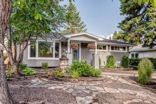 Photo 1: 2719 40 Street SW in Calgary: Glendale Detached for sale : MLS®# A1128228