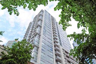 "Photo 1: 1306 821 CAMBIE Street in Vancouver: Downtown VW Condo for sale in ""RAFFLES ON ROBSON"" (Vancouver West)  : MLS®# R2186091"