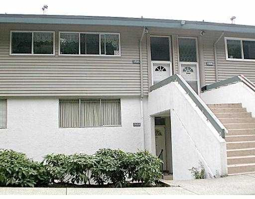 Main Photo: 1928 HIGHVIEW PL in Port Moody: College Park PM Townhouse for sale : MLS®# V536961