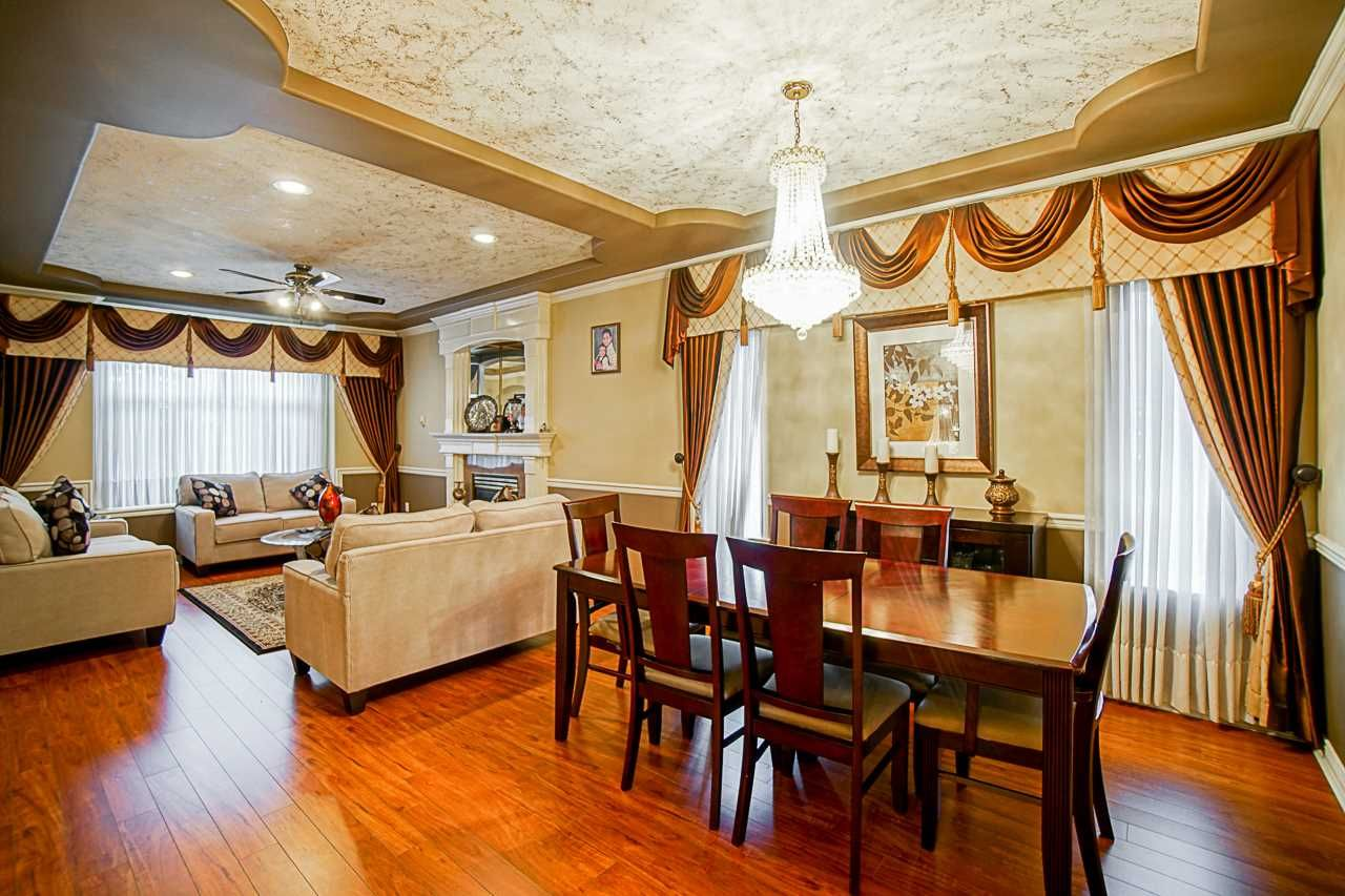 Photo 3: Photos: 8955 134B Street in Surrey: Queen Mary Park Surrey House for sale : MLS®# R2550819