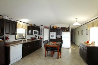 Photo 2: 7 Woodlands Trailer Court Road: Woodlands Residential for sale (R12)  : MLS®# 202108639