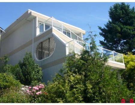 Main Photo: 15282 VICTORIA AV in White Rock: House for sale : MLS®# F2825262