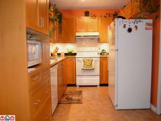Photo 4: 15434 98TH Avenue in Surrey: Guildford House for sale (North Surrey)  : MLS®# F1028779