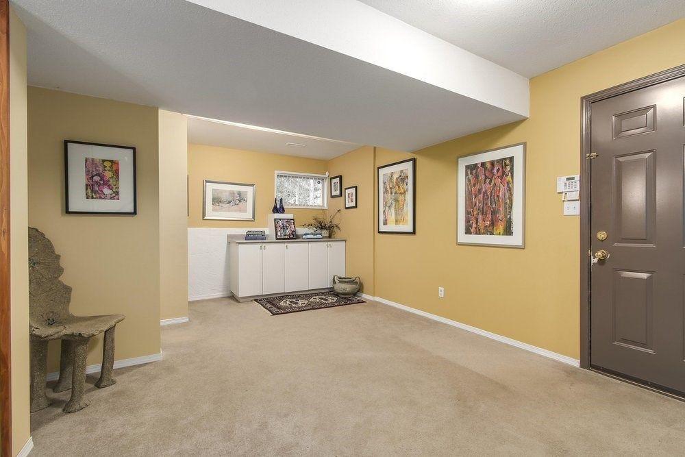 Photo 12: Photos: 208 54 STREET in Delta: Pebble Hill House for sale (Tsawwassen)  : MLS®# R2216720