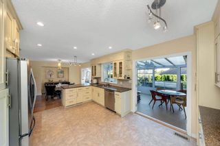 Photo 7: 16084 10 Avenue in Surrey: King George Corridor House for sale (South Surrey White Rock)  : MLS®# R2615473