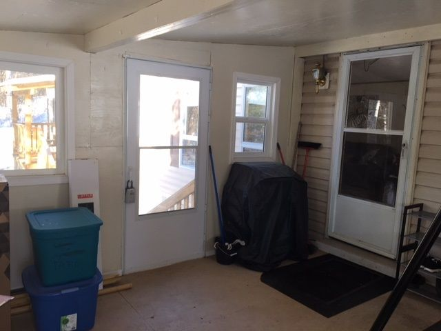 "Photo 13: Photos: 30 3656 HILBORN Road in Quesnel: Quesnel - Rural North Manufactured Home for sale in ""PARK VILLAGE TRAILER PARK"" (Quesnel (Zone 28))  : MLS®# R2437921"