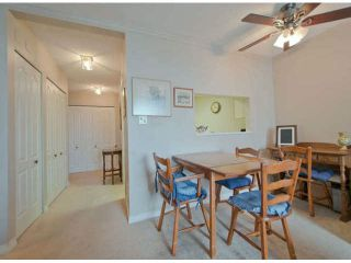 """Photo 5: 711 15111 RUSSELL Avenue: White Rock Condo for sale in """"Pacific Terrace"""" (South Surrey White Rock)  : MLS®# F1425012"""