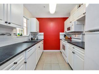 "Photo 8: 37 8892 208 Street in Langley: Walnut Grove Townhouse for sale in ""Hunters Run"" : MLS®# R2420757"