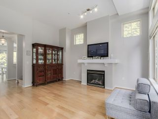 Photo 3: 3115 Capilano Cr in North Vancouver: Capilano NV Townhouse for sale : MLS®# V1119780