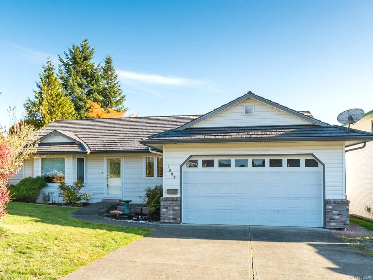 Main Photo: 1887 Valley View Dr in COURTENAY: CV Courtenay East House for sale (Comox Valley)  : MLS®# 773590