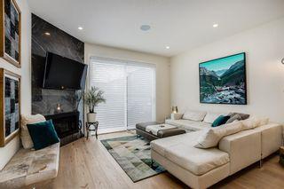 Photo 1: 2 2436 29 Street SW in Calgary: Killarney/Glengarry Row/Townhouse for sale : MLS®# A1111831