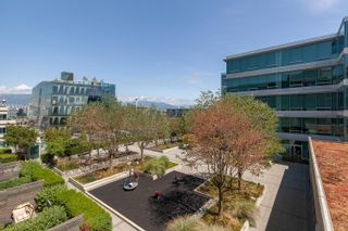 Photo 6: 504 522 W.8th Avenue in Vancouver: Fairview VW Condo  (Vancouver East)  : MLS®# R2603015