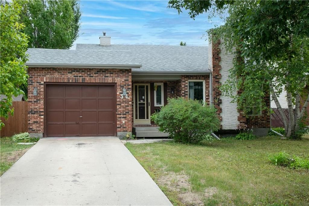 Main Photo: 34 Wilfred Knowles Bay in Winnipeg: Algonquin Park Residential for sale (3G)  : MLS®# 202118275