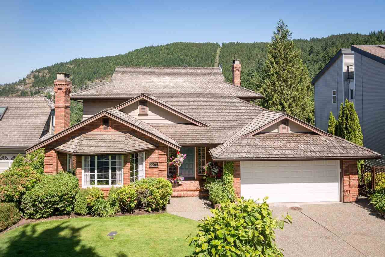 Main Photo: 5574 WESTHAVEN Road in West Vancouver: Eagle Harbour House for sale : MLS®# R2204697