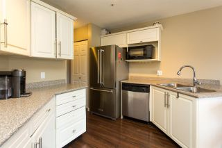 """Photo 5: 9 19991 53A Avenue in Langley: Langley City Condo for sale in """"Catherine Court"""" : MLS®# R2391257"""