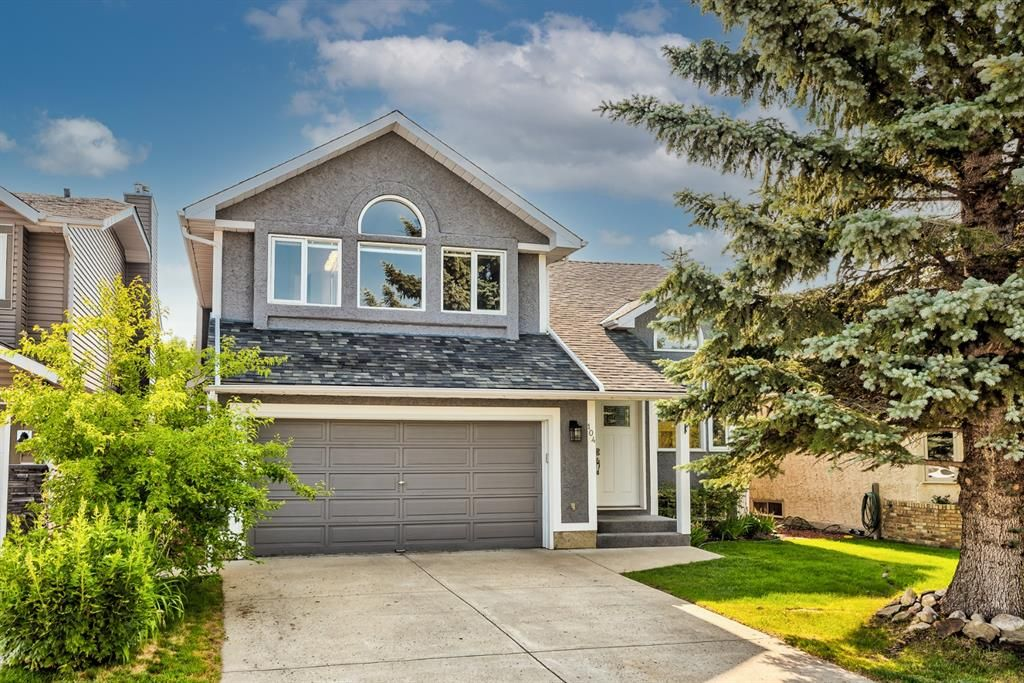 Main Photo: 104 Woodmark Crescent SW in Calgary: Woodbine Detached for sale : MLS®# A1128002
