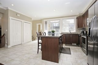"""Photo 7: 25 5623 TESKEY Way in Chilliwack: Promontory Townhouse for sale in """"Wisteria Heights"""" (Sardis)  : MLS®# R2557666"""