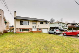 Photo 2: 9262 JAMES Street in Chilliwack: Chilliwack E Young-Yale House for sale : MLS®# R2539829
