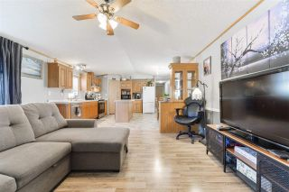 Photo 7: 2905 Lakewood Drive in Edmonton: Zone 59 Mobile for sale : MLS®# E4236634