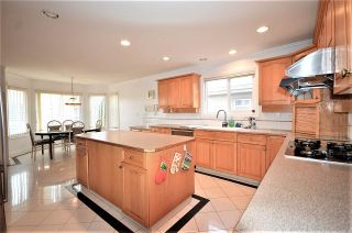 Photo 4: 7233 WAVERLEY Avenue in Burnaby: Metrotown House for sale (Burnaby South)  : MLS®# R2500474