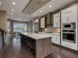 Photo 9: 407 22 Avenue NW in Calgary: Mount Pleasant Semi Detached for sale : MLS®# A1098810