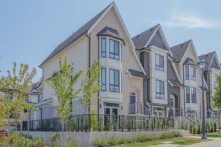 Photo 1: 107 2990 Burlington Cres in : La Westhills Row/Townhouse for sale (Langford)  : MLS®# 882170