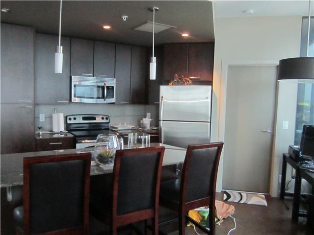 Photo 5: Photos: 804 220 12 Avenue SE in CALGARY: Victoria Park Condo for sale (Calgary)  : MLS®# C3561523