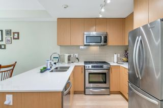 """Photo 15: 209 4255 SARDIS Street in Burnaby: Central Park BS Townhouse for sale in """"Paddington Mews"""" (Burnaby South)  : MLS®# R2602825"""