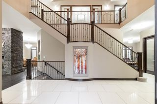 Photo 5: 3105 81 Street SW in Calgary: Springbank Hill Detached for sale : MLS®# A1153314