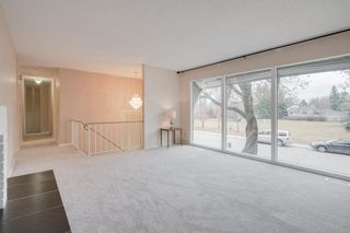 Photo 6: 2132 Palisdale Road SW in Calgary: Palliser Detached for sale : MLS®# A1048144