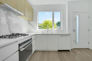 Photo 4: TH2 2433 W BROADWAY Street in Vancouver: Kitsilano Townhouse for sale (Vancouver West)  : MLS®# R2605228