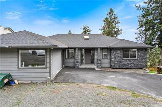 Photo 2: 6273 Thompson Drive, in Peachland: House for sale : MLS®# 10239521