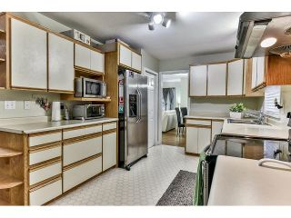 Photo 7: 15279 28 Avenue in Surrey: King George Corridor House for sale (South Surrey White Rock)  : MLS®# R2045535