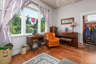 Photo 10: 2750 Penrith Ave in : CV Cumberland House for sale (Comox Valley)  : MLS®# 883512