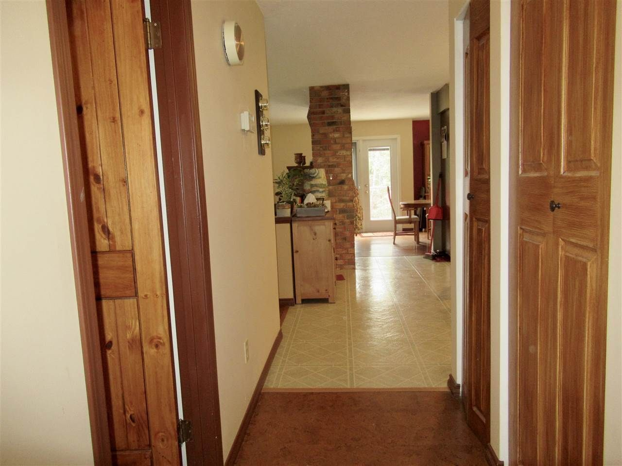 Photo 8: Photos: 911 CENTAUR Drive in Williams Lake: Esler/Dog Creek House for sale (Williams Lake (Zone 27))  : MLS®# R2378444