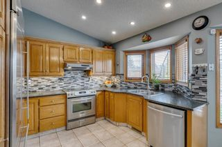 Photo 10: 127 Wood Valley Drive SW in Calgary: Woodbine Detached for sale : MLS®# A1062354