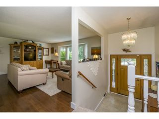 """Photo 3: 26899 32A Avenue in Langley: Aldergrove Langley House for sale in """"Parkside"""" : MLS®# R2086068"""