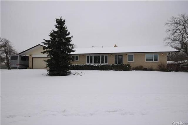 Main Photo: 582 Main Street in St Adolphe: R07 Residential for sale : MLS®# 1722644