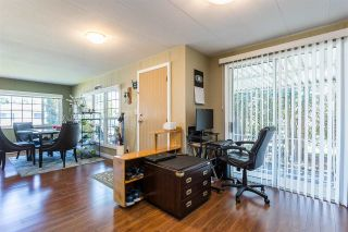 Photo 15: 277 1840 160 Street in Surrey: King George Corridor Manufactured Home for sale (South Surrey White Rock)  : MLS®# R2573223