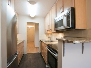 """Photo 16: 104 1930 W 3RD Avenue in Vancouver: Kitsilano Condo for sale in """"THE WESTVIEW"""" (Vancouver West)  : MLS®# R2099750"""